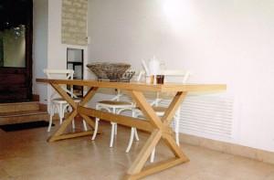 table_bois