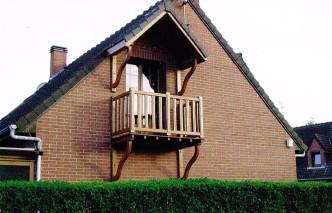 Balcon et ossature du toit en chêne