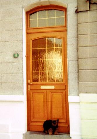 Porte d'entrée maison particulière à Onnaing